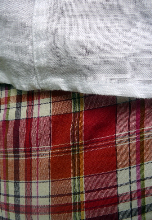 04-26-2012 - Retro Plaid - fabrics